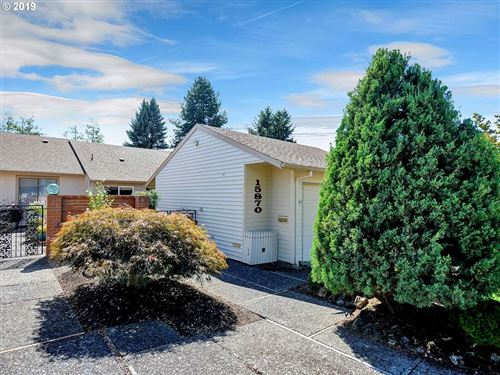 Photo of 15870 SW GREENS WAY, Tigard, OR 97224 (MLS # 19677180)