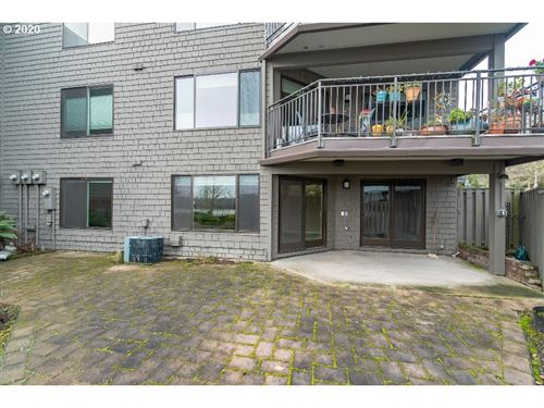 Photo of 5620 SW RIVERSIDE LN, Portland, OR 97239 (MLS # 19670184)