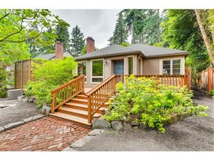Photo of 440 9TH ST, Lake Oswego, OR 97034 (MLS # 19173185)