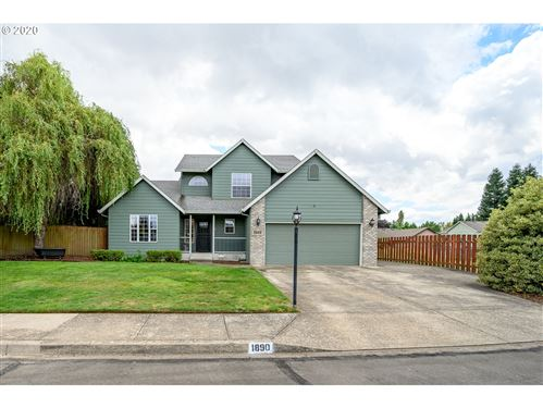 Photo of 1890 NE GRANDHAVEN ST, McMinnville, OR 97128 (MLS # 20408186)