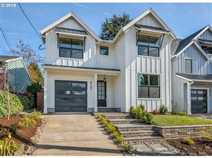 Photo of 8260 SW 8TH AVE, Portland, OR 97219 (MLS # 19451189)