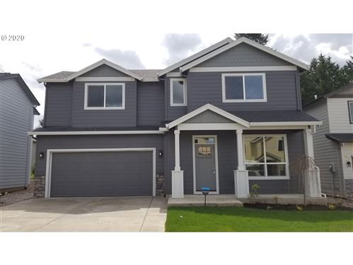 Photo of 13874 SE Mitchell ST, Portland, OR 97236 (MLS # 20350189)