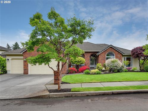 Photo of 1746 SE 26TH CT, Gresham, OR 97080 (MLS # 20145190)