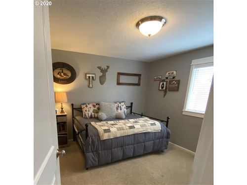 Tiny photo for 41 SANDALWOOD LOOP, Creswell, OR 97426 (MLS # 20295191)