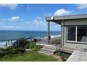 Photo of 28600 BROOKS RD, Gold Beach, OR 97444 (MLS # 18325192)