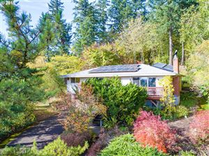 Photo of 11301 SE CHARVIEW CT, Happy Valley, OR 97086 (MLS # 19448192)