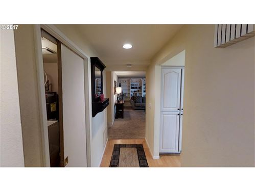 Tiny photo for 48 EAGLE CREST DR #5F, Lake Oswego, OR 97035 (MLS # 20317192)