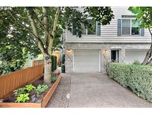 Photo of 7431 SW 4TH AVE, Portland, OR 97219 (MLS # 19326193)