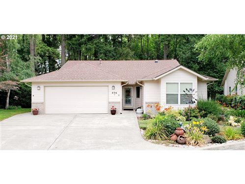Photo of 406 NE FIRCREST PL, McMinnville, OR 97128 (MLS # 21262193)