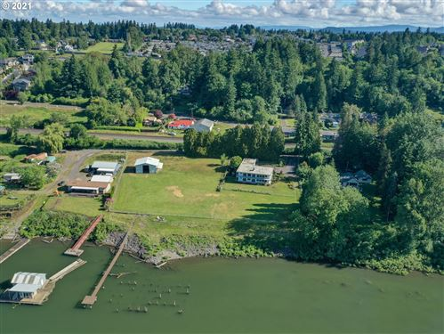 Photo of 17231 SE EVERGREEN HWY, Vancouver, WA 98683 (MLS # 21610195)