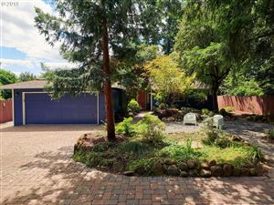 Photo of 12722 SE LINCOLN ST, Portland, OR 97233 (MLS # 19447196)