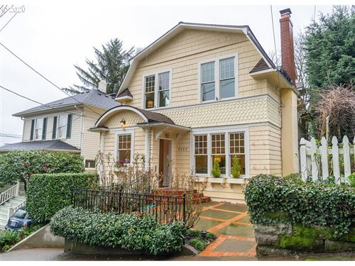 Photo of 2122 SW 18TH AVE, Portland, OR 97201 (MLS # 20031197)
