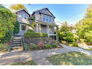 Photo of 2323 SW 19TH AVE, Portland, OR 97201 (MLS # 19043201)