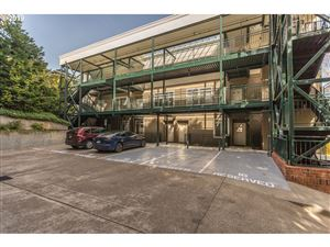 Photo of 1815 SW 16TH AVE #203, Portland, OR 97201 (MLS # 19675201)