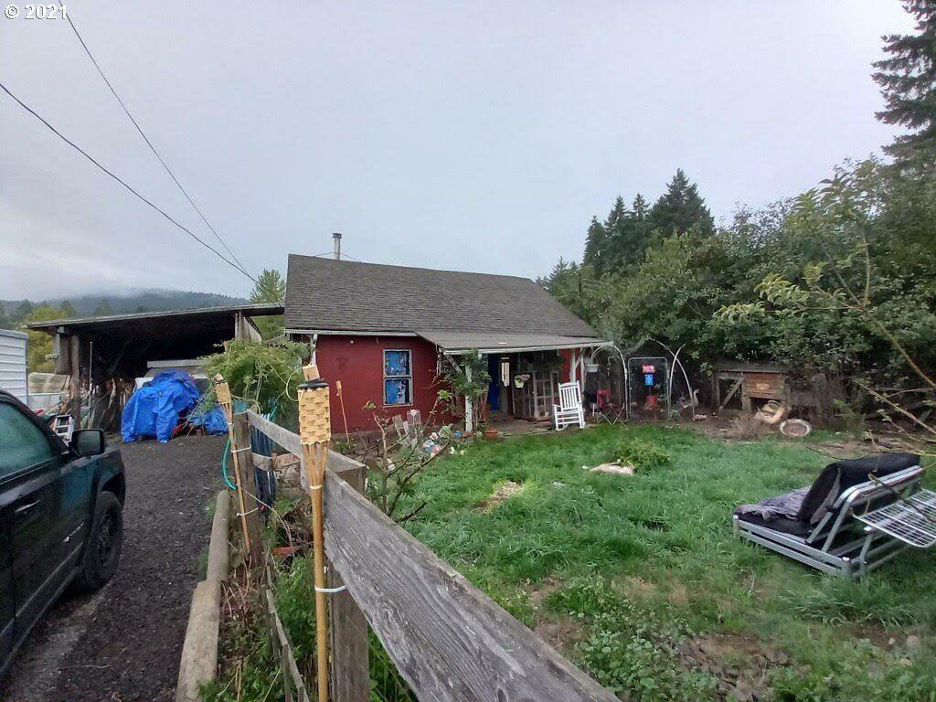 Photo of 55512 SW HORNER LN, Gaston, OR 97119 (MLS # 21616201)