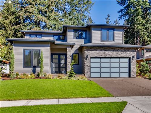 Photo of 6463 Mission CT, Lake Oswego, OR 97035 (MLS # 20229203)