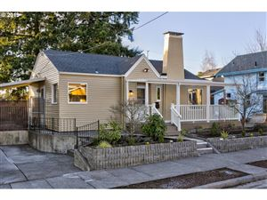 Photo of 2201 SE 44TH AVE, Portland, OR 97215 (MLS # 19089204)