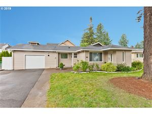 Photo of 2207 SE 130TH AVE, Portland, OR 97233 (MLS # 19314204)
