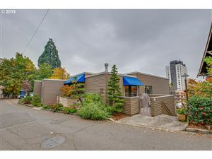 Photo of 2336 SW CACTUS DR, Portland, OR 97205 (MLS # 19624204)