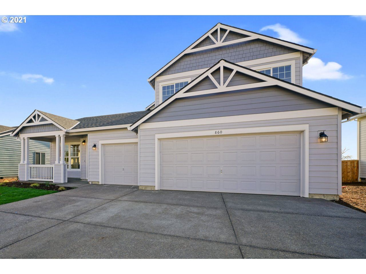 Photo of 1023 Winfield ST, Gervais, OR 97026 (MLS # 21023204)