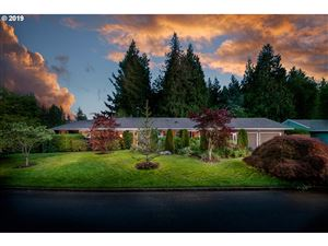 Photo of 2855 SW WEST POINT AVE, Portland, OR 97225 (MLS # 19481208)