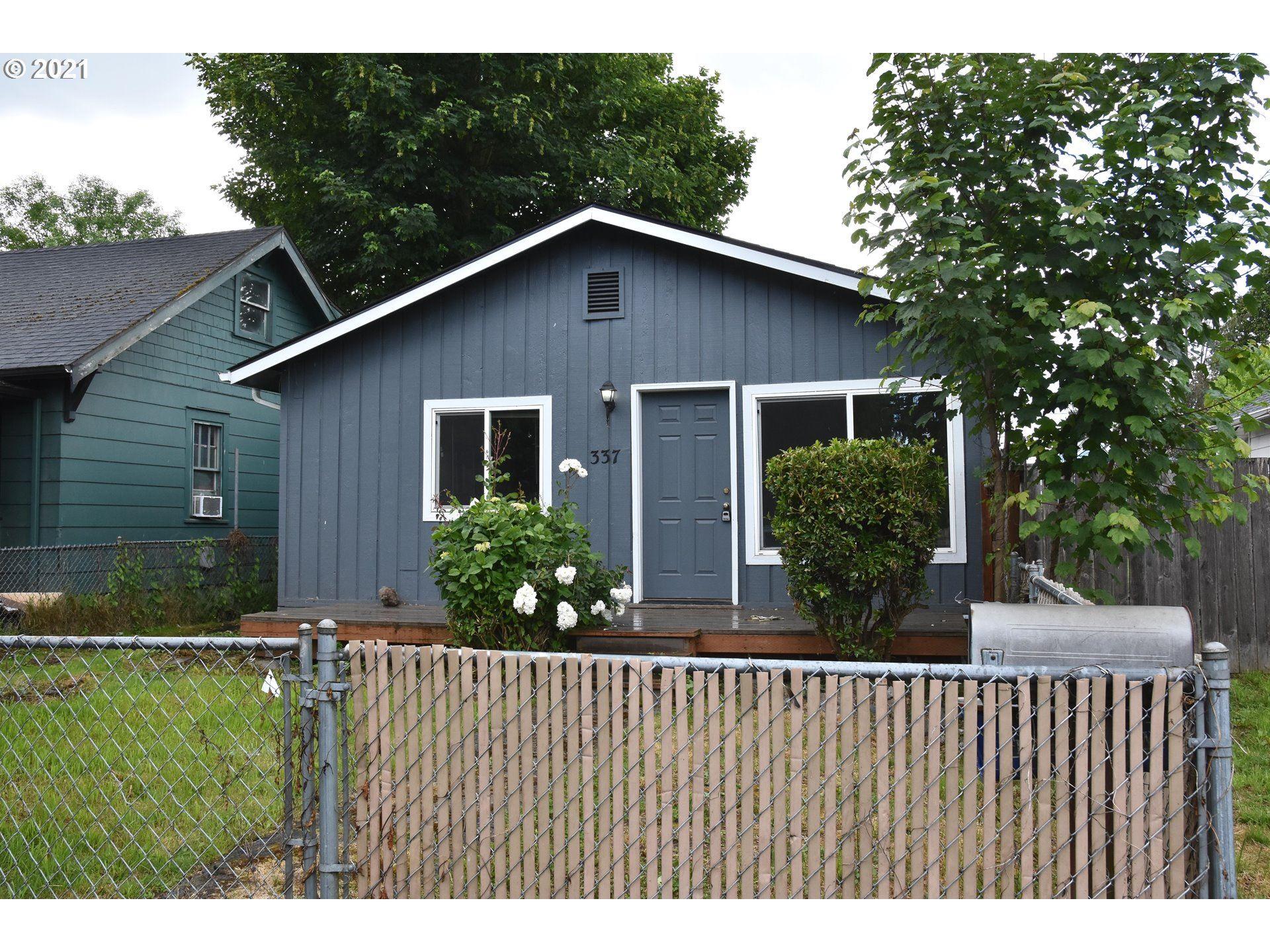 337 21ST AVE, Longview, WA 98632 - MLS#: 21641208