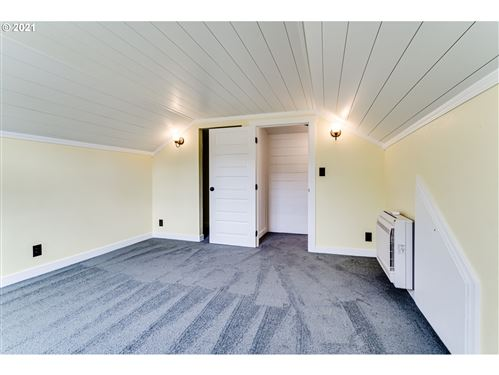 Tiny photo for 594 W OREGON AVE, Creswell, OR 97426 (MLS # 21161209)