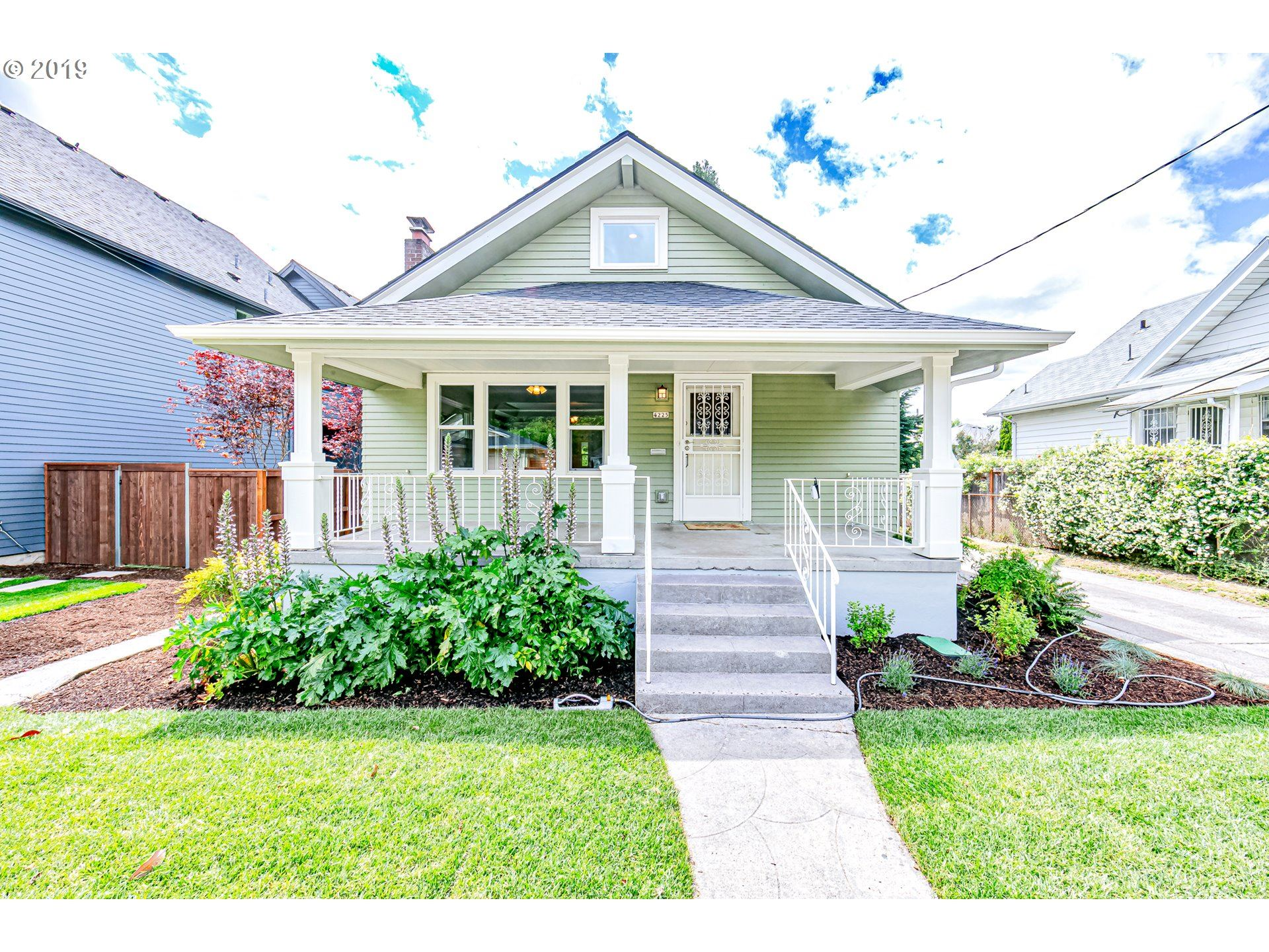 4225 SE 28TH AVE, Portland, OR 97202 - MLS#: 20282210