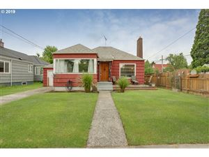 Photo of 3305 SE 57TH AVE, Portland, OR 97206 (MLS # 19022211)