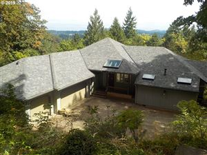 Photo of 6130 CAUFIELD ST, West Linn, OR 97068 (MLS # 19173212)