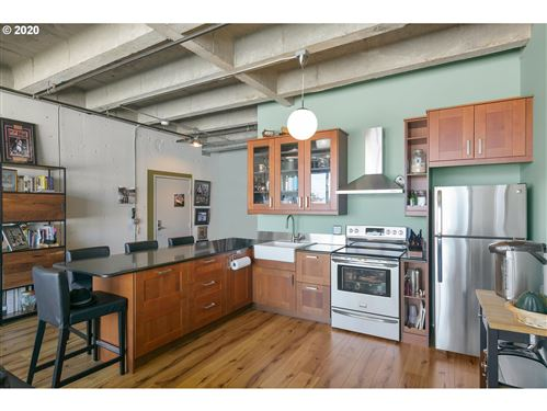 Photo of 900 NE 81ST AVE #207, Portland, OR 97213 (MLS # 20669214)