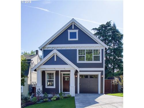 Photo of 26 SE 69TH AVE, Portland, OR 97215 (MLS # 19038215)
