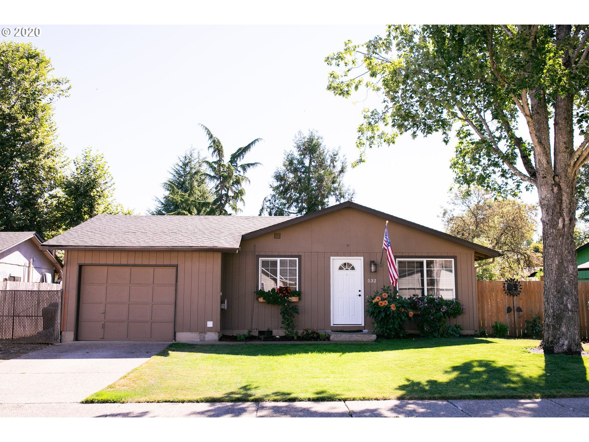 Photo for 532 PINE CT, Creswell, OR 97426 (MLS # 20565215)