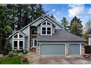 Photo of 14127 SE FIRCREST CT, Portland, OR 97236 (MLS # 19391216)