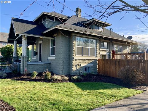 Photo of 1506 SE MARTINS ST, Portland, OR 97202 (MLS # 19533216)