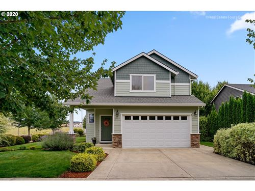 Photo of 1917 NW COTTONWOOD DR, McMinnville, OR 97128 (MLS # 20475216)
