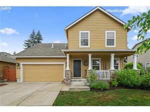 Photo of 4759 CLUBHOUSE DR, Newberg, OR 97132 (MLS # 19250217)