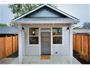 Photo of 6317 SE 92nd AVE B #B, Portland, OR 97035 (MLS # 19512218)