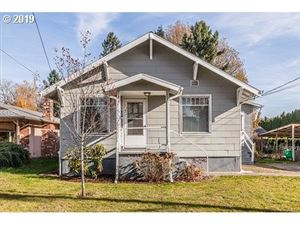 Photo of 6520 SE 43RD AVE, Portland, OR 97206 (MLS # 19548218)