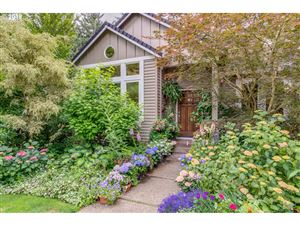 Photo of 12617 SW 56TH CT, Portland, OR 97219 (MLS # 19308222)