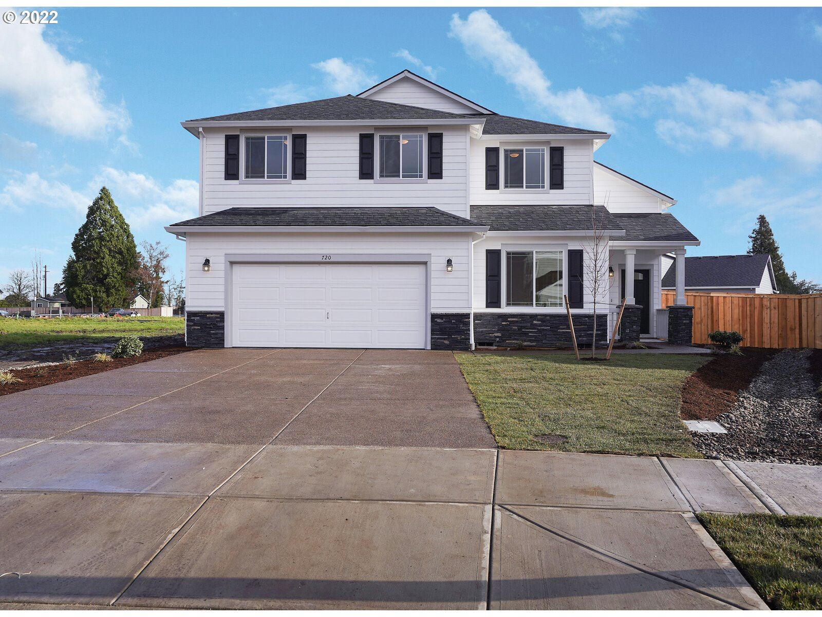 Photo of 1033 Winfield ST, Gervais, OR 97026 (MLS # 21679223)