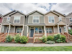 Photo of 2777 SE NICKLAUS CT, Hillsboro, OR 97123 (MLS # 19388225)