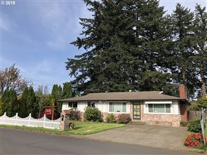 Photo of 1046 SE 167TH AVE, Portland, OR 97233 (MLS # 19475225)