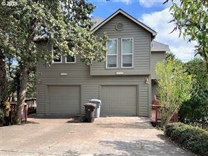 Photo of 4187 IMPERIAL DR, West Linn, OR 97068 (MLS # 19038226)