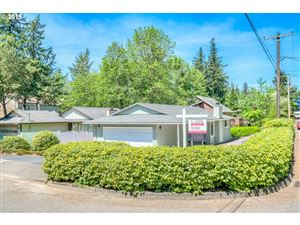 Photo of 9531 SW 50TH AVE, Portland, OR 97219 (MLS # 19488227)