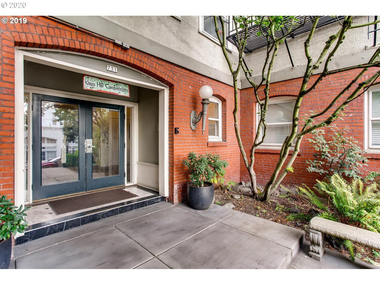 731 SW KING AVE #4, Portland, OR 97205 - MLS#: 20677227