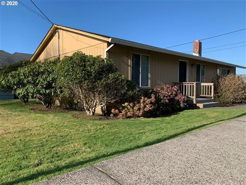 Photo of 940 S Hemlock ST, Cannon Beach, OR 97110 (MLS # 20535228)