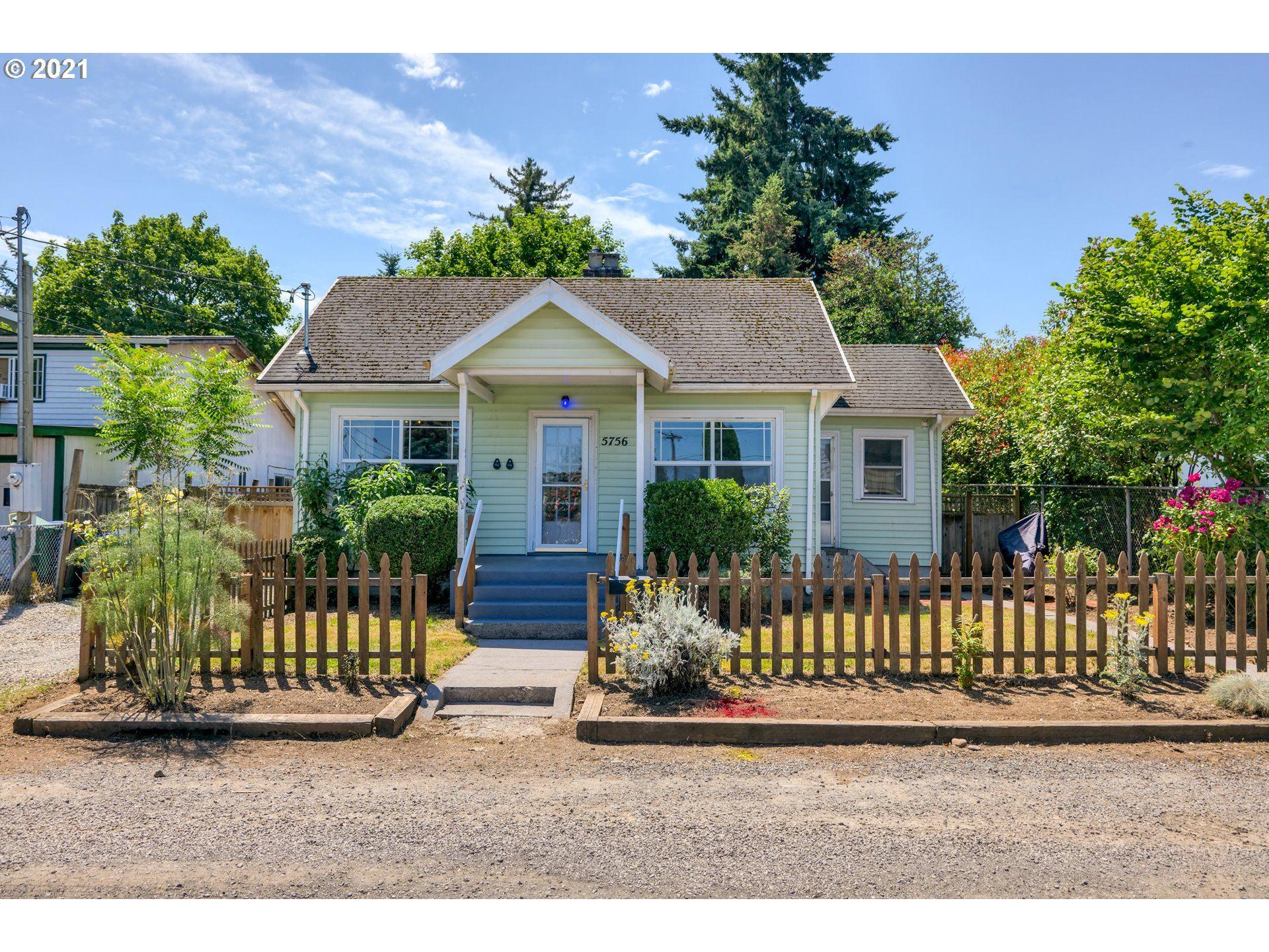 5756 NE SHAVER ST, Portland, OR 97213 - MLS#: 21475228