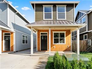 Photo of 6263 SE COOPER ST, Portland, OR 97206 (MLS # 18305234)