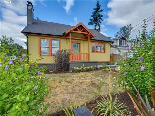 Photo of 6637 SE 78TH AVE, Portland, OR 97206 (MLS # 21366234)